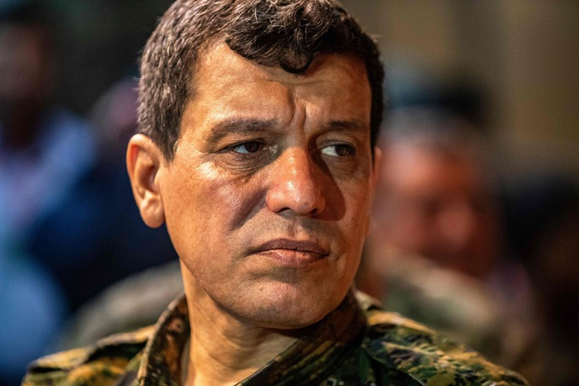 """Tổng thống Thổ Nhĩ Kỳ ra tối hậu thư, dọa """"nghiền đầu lực lượng người Kurd - 2"""