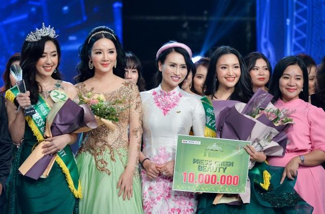 Phóng viên Dân trí đăng quang Á khôi 2 Press Green Beauty 2019 - 2