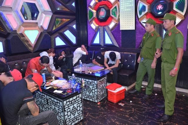 Hàng loạt quán karaoke ở Quảng Nam là tụ điểm hút chích ma túy
