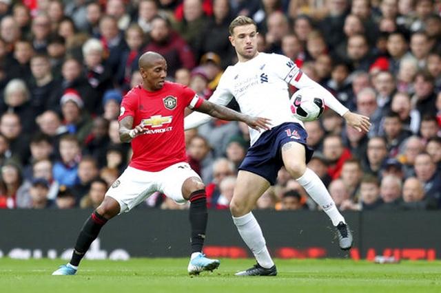 Man Utd 1-1 Liverpool: Klopp vẫn chưa thắng ở Old Trafford - 10
