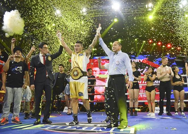 Trương Đình Hoàng giành chiến thắng lịch sử cho quyền Anh Việt Nam - 13
