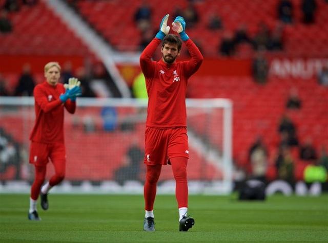 Man Utd 1-1 Liverpool: Klopp vẫn chưa thắng ở Old Trafford - 6