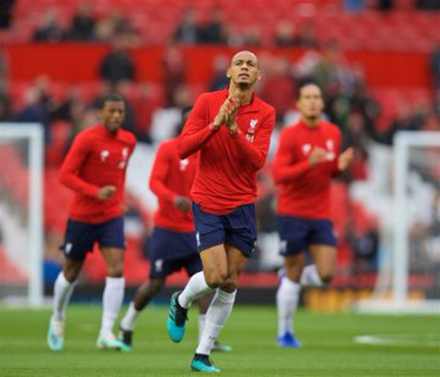 Man Utd 1-1 Liverpool: Klopp vẫn chưa thắng ở Old Trafford - 8