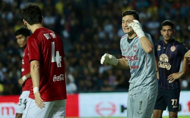 Đặng Văn Lâm mắc sai lầm, Muangthong United thua trận tại Thai-League - 1