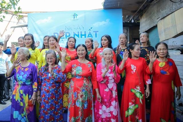Ngày 20/10 đặc biệt của những phụ nữ cửu vạn, nhặt ve chai ở Hà Nội - 12