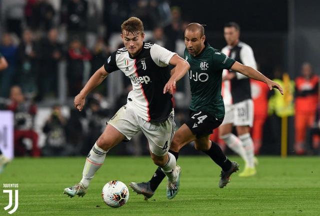 Ronaldo tiếp tục tỏa sáng, Juventus xây chắc ngôi đầu - 2