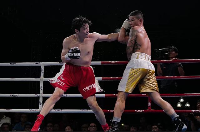 Trương Đình Hoàng đoạt đai WBA Đông Á - 2