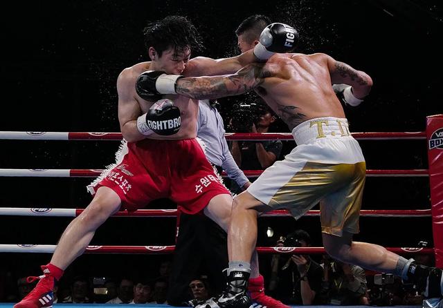 Trương Đình Hoàng đoạt đai WBA Đông Á - 1