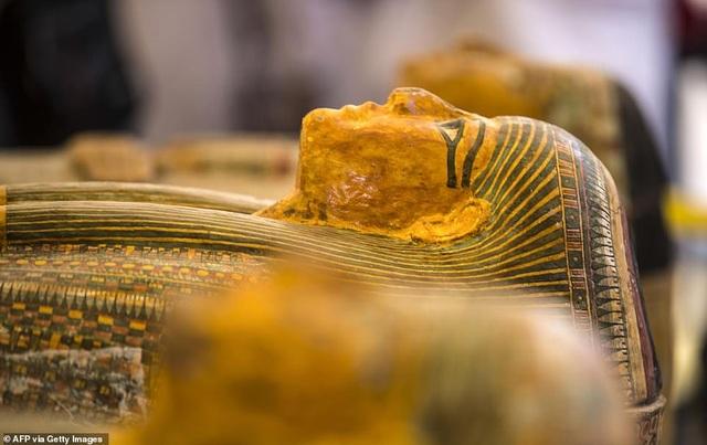 Ai Cập công bố 30 quan tài chứa xác ướp 3.000 năm tuổi - 4