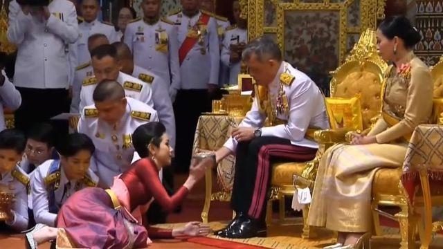 Tham vọng chiếm ngôi hoàng hậu của Hoàng quý phi Thái Lan - 2