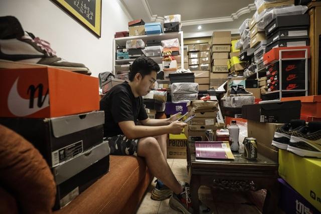 Mức lợi nhuận 6600%, Trung Quốc đang trở thành thủ phủ đầu cơ giày của thế giới - 2