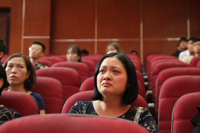 Giảng viên, sinh viên ĐH Mỏ - Địa chất khóc nghẹn trong lễ tưởng nhớ PGS.TS Lê Hải An - 1