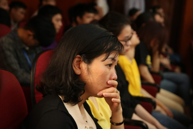 Giảng viên, sinh viên ĐH Mỏ - Địa chất khóc nghẹn trong lễ tưởng nhớ PGS.TS Lê Hải An - 6