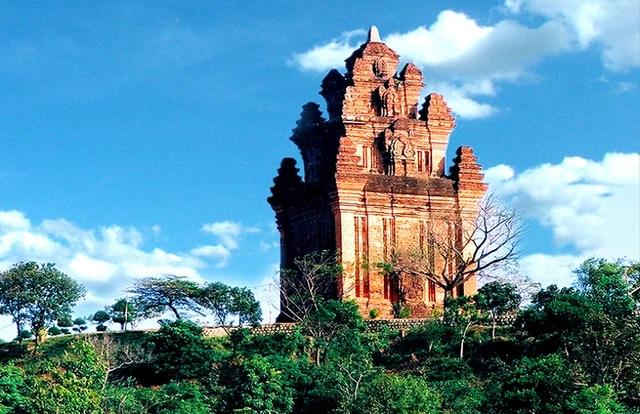 Apec Mandala Grand Phú Yên – Tái hiện nét kiến trúc độc đáo Champa - 1