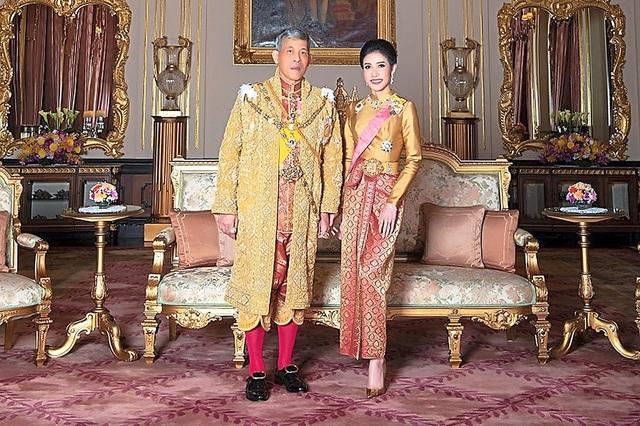 Những cuộc hôn nhân của Quốc vương Thái Lan - 5