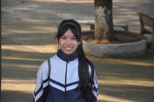 Những bàn tay nhân ái giúp cô bé mồ côi chiến thắng ung thư cất bước tới trường - 10