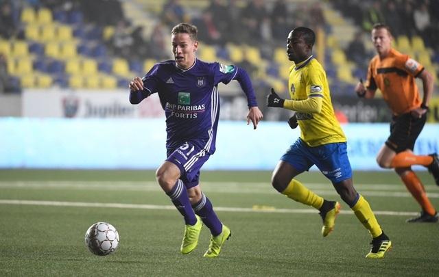 Sint Truidense thua đậm Anderlecht trong ngày Công Phượng không được đăng ký - 1