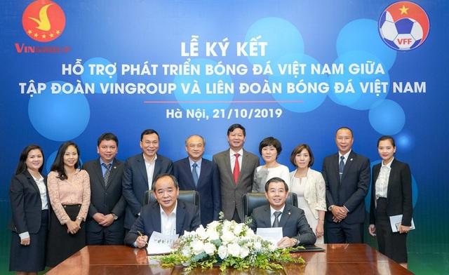 Vingroup  VFF ký thỏa thuận hợp tác chiến lược hỗ trợ phát triển bóng đá Việt Nam - 1