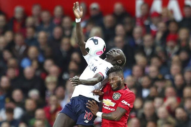 Man Utd 1-1 Liverpool: Klopp vẫn chưa thắng ở Old Trafford - 16