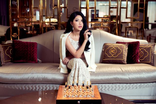 Hoa hậu Loan Vương trải nghiệm không gian sống sang chảnh với nội thất An Dương Home - 3