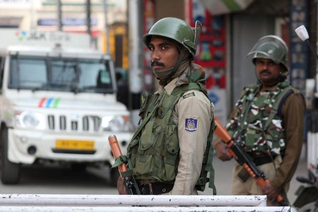 Ấn Độ - Pakistan nổ súng tại Kashmir, 9 người thiệt mạng - 1