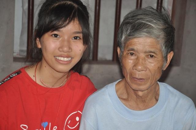 Những bàn tay nhân ái giúp cô bé mồ côi chiến thắng ung thư cất bước tới trường - 6