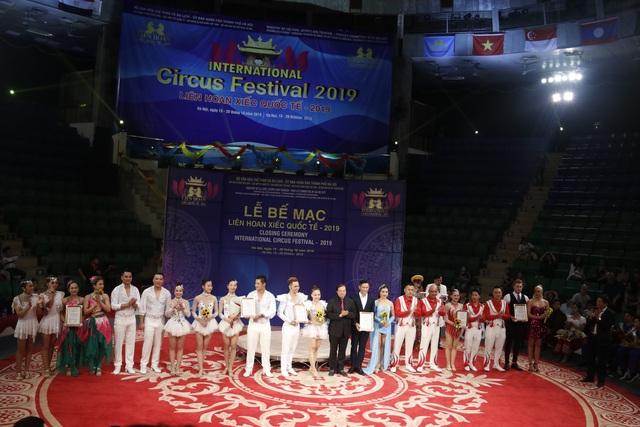 Liên hoan Xiếc quốc tế hội tụ nhiều tiết mục đa dạng, ấn tượng - 4