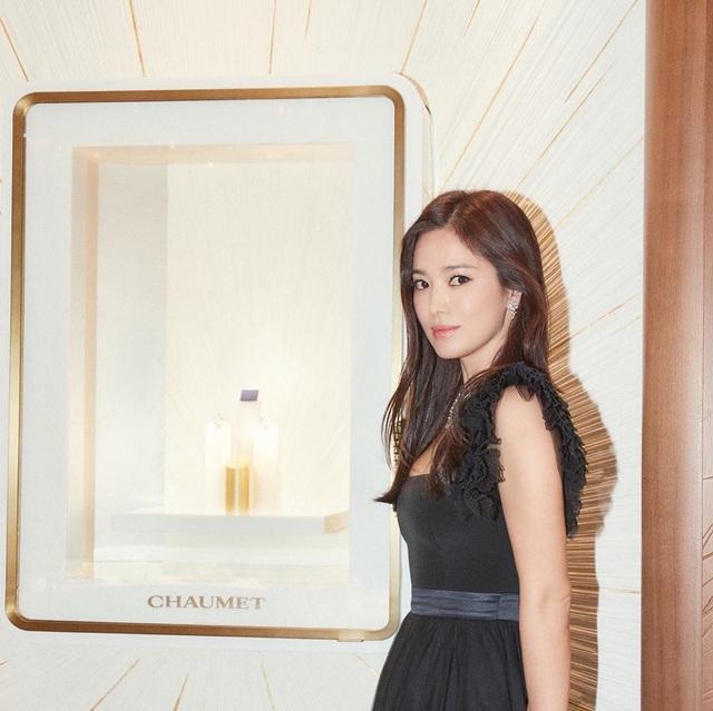"""Cận cảnh gương mặt """"mộc"""" đẹp nhất xứ Hàn của Song Hye Kyo - 7"""