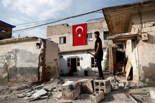 """Cuộc sống tại """"chảo lửa"""" Syria sau chiến dịch quân sự của Thổ Nhĩ Kỳ - 3"""