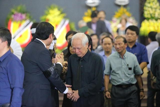 Hàng nghìn người thương tiếc đưa tiễn Thứ trưởng Lê Hải An về nơi an nghỉ cuối cùng - 26