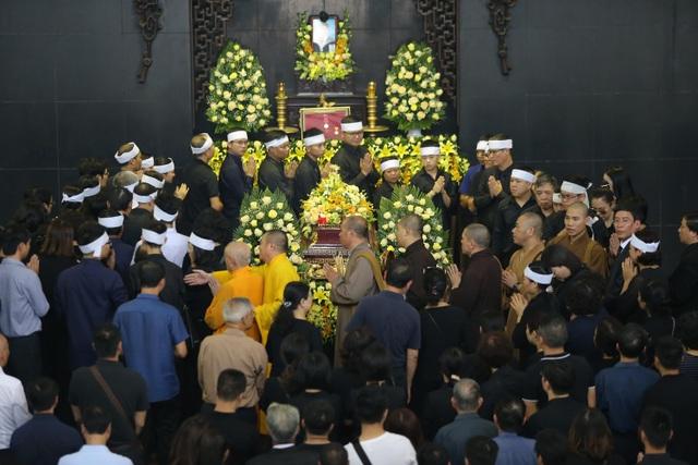 Hàng nghìn người thương tiếc đưa tiễn Thứ trưởng Lê Hải An về nơi an nghỉ cuối cùng - 31