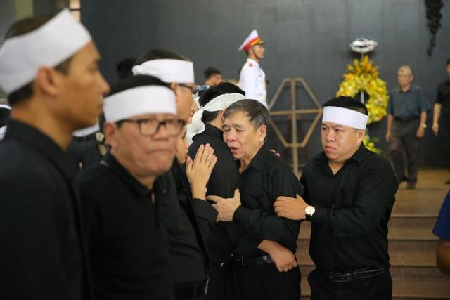 Hàng nghìn người thương tiếc đưa tiễn Thứ trưởng Lê Hải An về nơi an nghỉ cuối cùng - 27