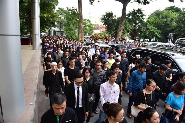 Hàng nghìn người thương tiếc đưa tiễn Thứ trưởng Lê Hải An về nơi an nghỉ cuối cùng - 6