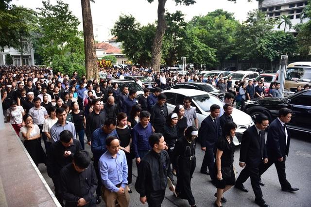 Hàng nghìn người thương tiếc đưa tiễn Thứ trưởng Lê Hải An về nơi an nghỉ cuối cùng - 5