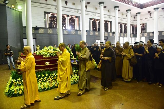 Hàng nghìn người thương tiếc đưa tiễn Thứ trưởng Lê Hải An về nơi an nghỉ cuối cùng - 32
