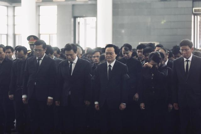 Hàng nghìn người thương tiếc đưa tiễn Thứ trưởng Lê Hải An về nơi an nghỉ cuối cùng - 30