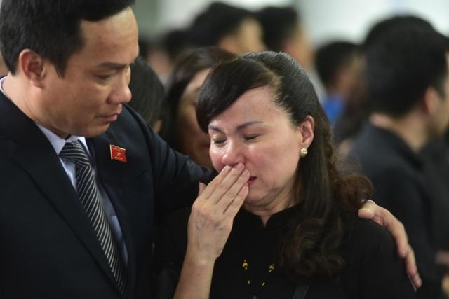 Hàng nghìn người thương tiếc đưa tiễn Thứ trưởng Lê Hải An về nơi an nghỉ cuối cùng - 23