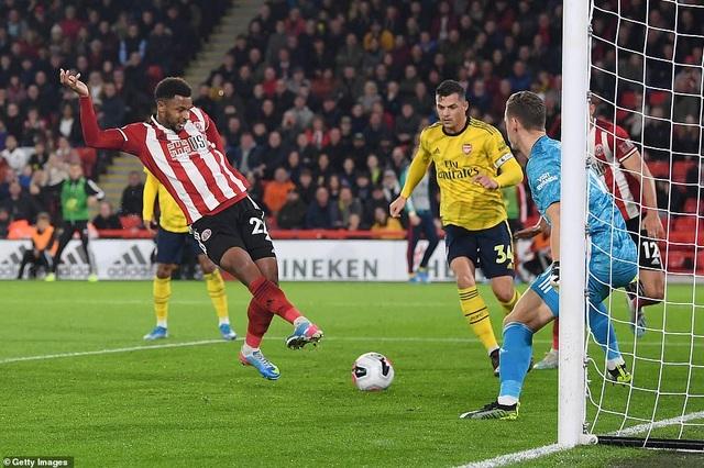 Sheffield United 1-0 Arsenal: Cú sốc lớn ở Bramall Lane - 4
