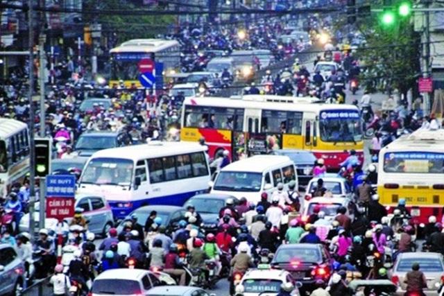 Hà Nội tính làm đường riêng cho xe buýt - 1