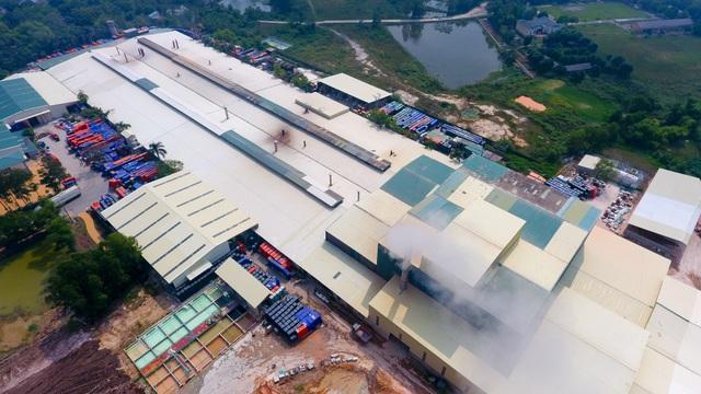 Cận cảnh kho chứa dầu thải của công ty gốm sứ Thanh Hà - 2