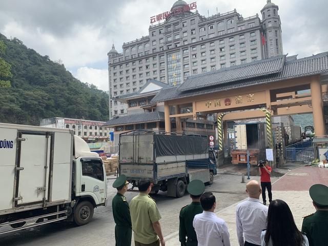 Trung Quốc liên tục siết hàng nhập, nông-lâm-thủy sản Việt Nam gặp khó - 1