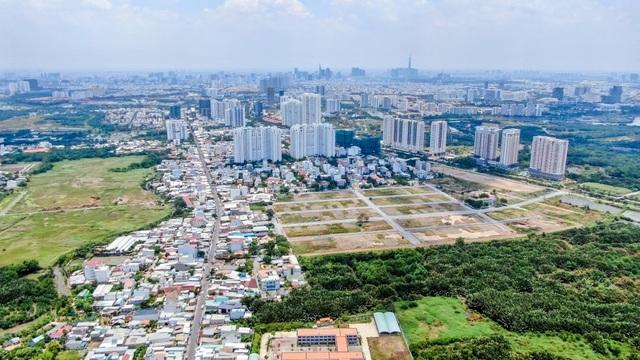 TP.HCM hiếm nguồn cung, nhiều nhà đầu tư đổ về khu Nam Sài Gòn - 1