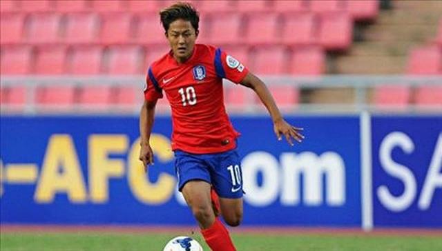 Không chỉ Công Phượng, Messi Hàn Quốc cũng mất hút ở Sint-Truidense - 1