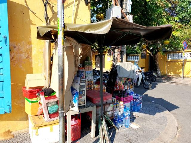 Nơi người phụ nữ buôn bán ở phố cổ Hội An