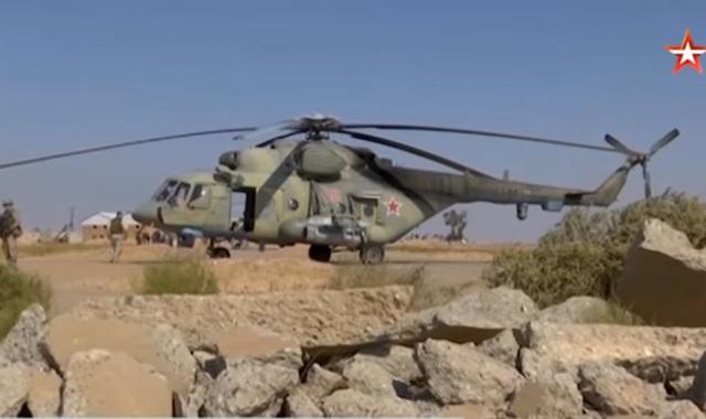 Trực thăng Nga chở quân nhân tới tiếp quản căn cứ tại Syria bị Mỹ bỏ lại - 1