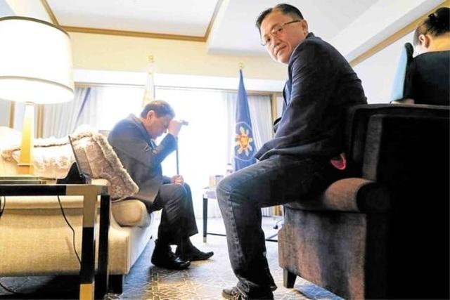 Đau lưng dữ dội, Tổng thống Philippines cắt ngắn chuyến thăm Nhật Bản - 2