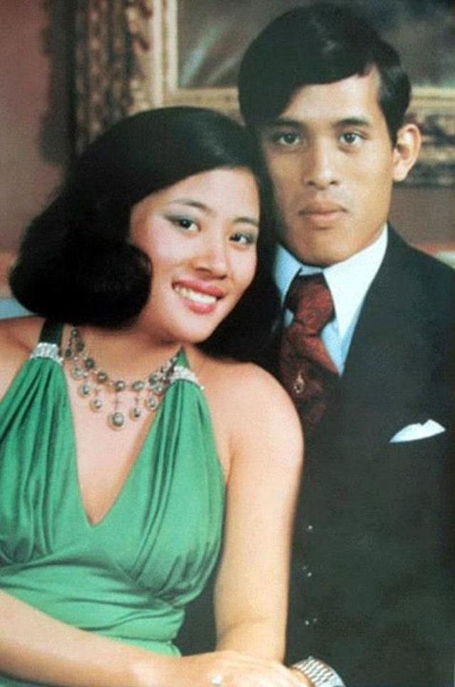Những cuộc hôn nhân của Quốc vương Thái Lan - 1
