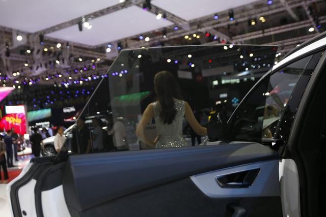 Audi ra mắt Q8 mới, khởi điểm từ 4,5 tỉ đồng - 2