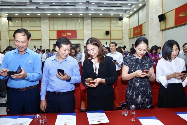 Bộ trưởng Bộ TTTT Nguyễn Mạnh Hùng kêu gọi Ngành ICT hành động vì người nghèo - 3