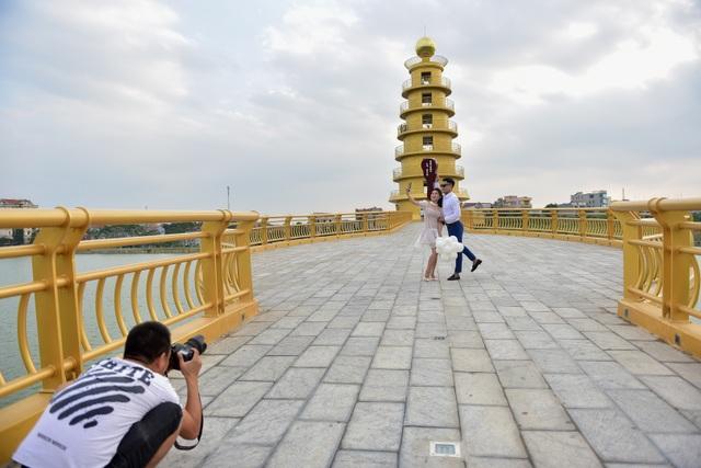 Toàn cảnh cây cầu đi bộ với kiến trúc tháp 7 tầng độc nhất vô nhị tại Phú Thọ - 9